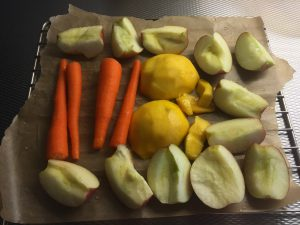 Appel, wortel, mango voor in de puree